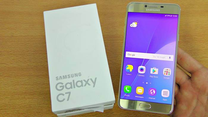 Best accessories Galaxy C7