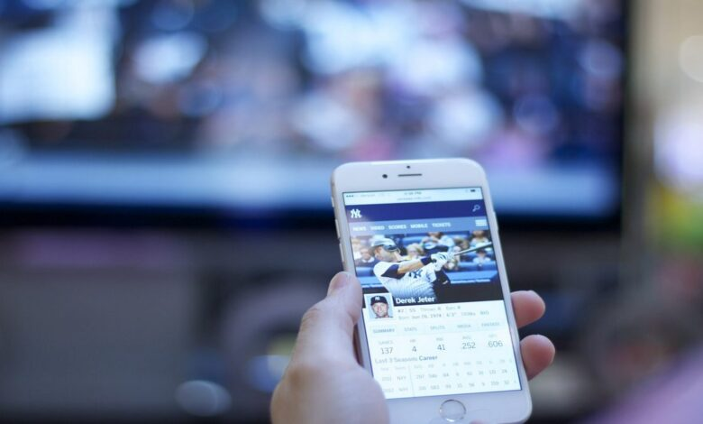 How Mobile Technology Has Enhanced Sports Betting Apps