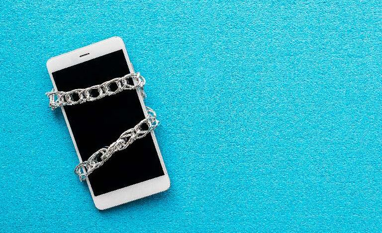 Here's What You Need To Know About Phone Unlocking
