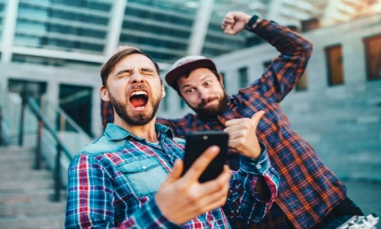 Gaming and Gambling on Mobile — Top Games and Apps