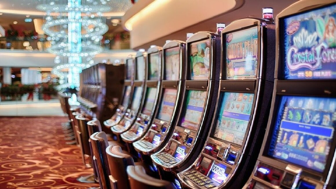 Land based casinos are limited on space, whereas mobile slot providers can offer a wide range of themed slot games.