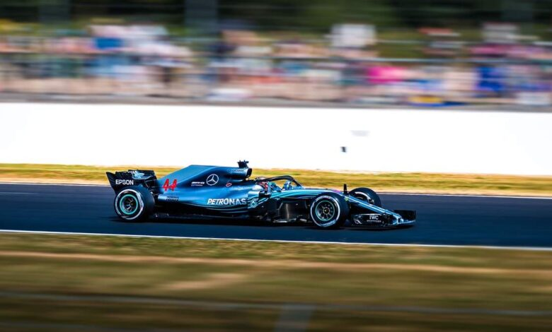 What's the Best Way to Follow Formula 1 From Your Smartphone?