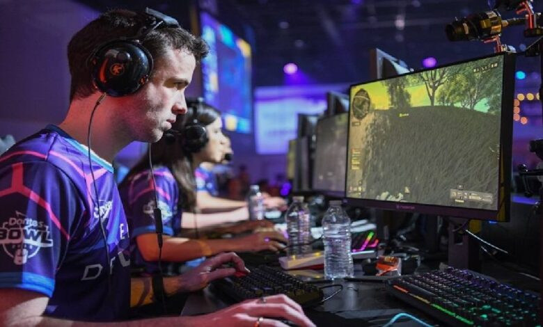 What are the Two Gaming Career Paths you can Pursue?